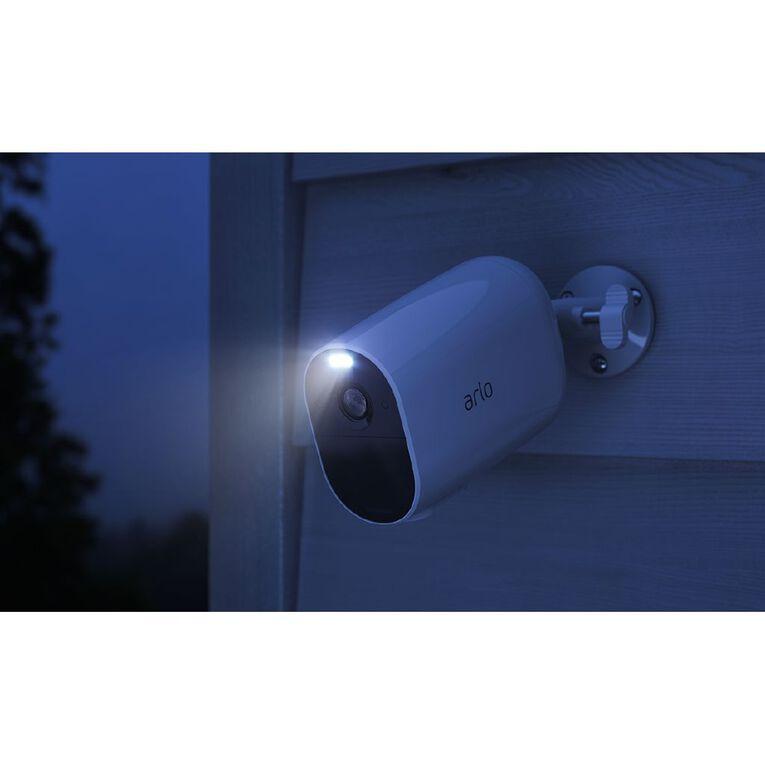 Arlo Essential XL Spotlight Camera, , hi-res